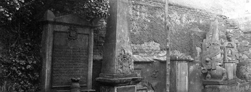 Bývalé vojenské hřbitovy na území Prahy