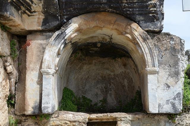 Antická brána do pekel: Proč zabíjí už víc, než dvě tisíciletí?
