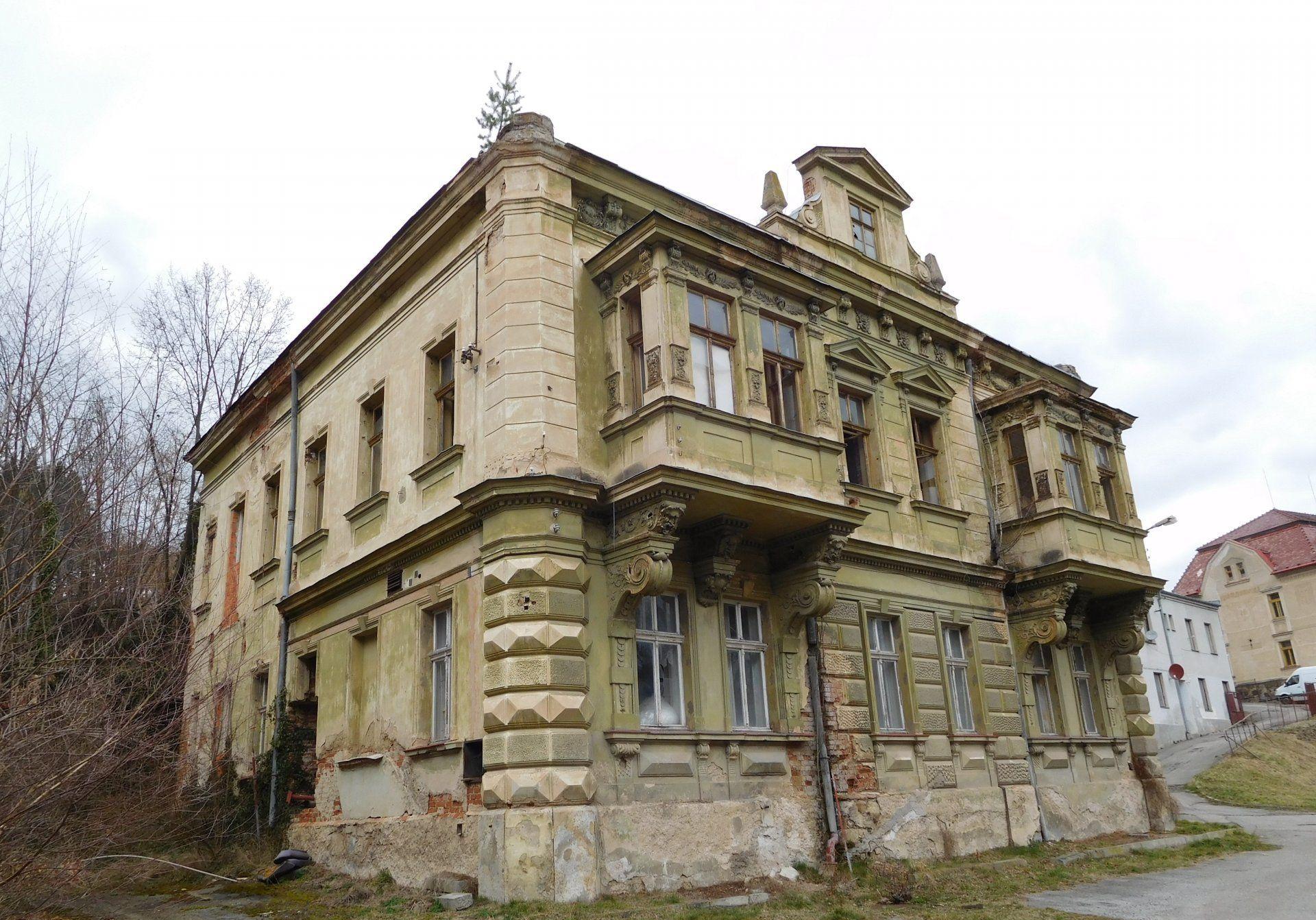 Tovární vila