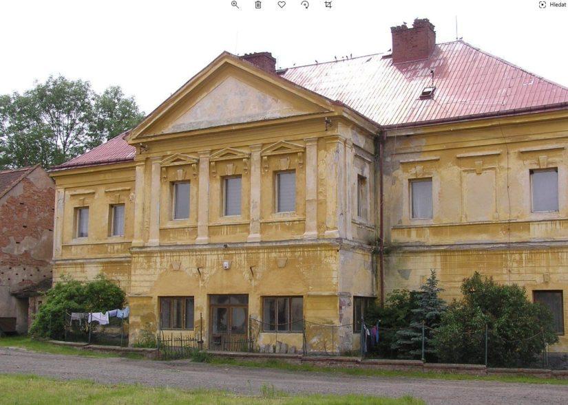 Zámek Kaštice
